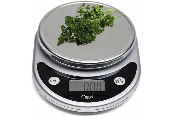 Ozeri Pronto: a cheap large digital table scale